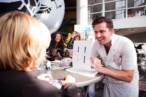 Tijdens het Weekend van de Wetenschap kun je backstage in verschillende ziekenhuizen